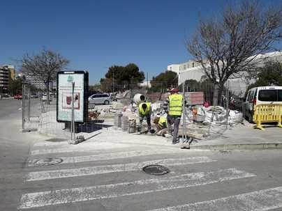 Hoteleros y comercios cargan contra Cort por las obras en Playa de Palma