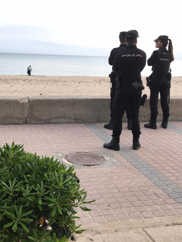 Desde Establiments a Palma 'a por tabaco' y de paseo por Cala Blava tras discutir con la novia: otros cuatro detenidos
