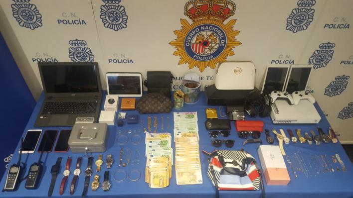 Seis detenidos, tres de ellos menores, por robos con fuerza en viviendas de Palma