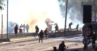 Chile arde en el primer día sin militares en la calle