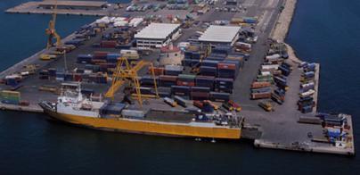 El tráfico de mercancías en los puertos de Balears creció un 10,25 % en 2014