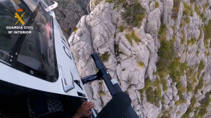 Espectacular rescate de una senderista en la Serra