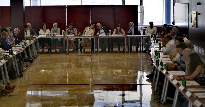 Los alcaldes de Mallorca piden al Gobierno poder usar sus superávits