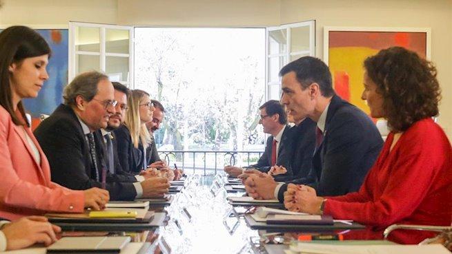 Gobierno y Generalitat acuerdan reunirse cada mes y buscar consensos dentro de 'la seguridad jurídica'
