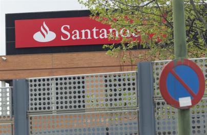 El Santander gana el 21% menos en el primer semestre