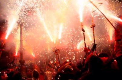 Sant Antoni prende fuego a Mallorca