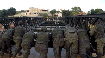Defensa premia al Mando de Ingenieros del Ejército que participó en Sant Llorenç