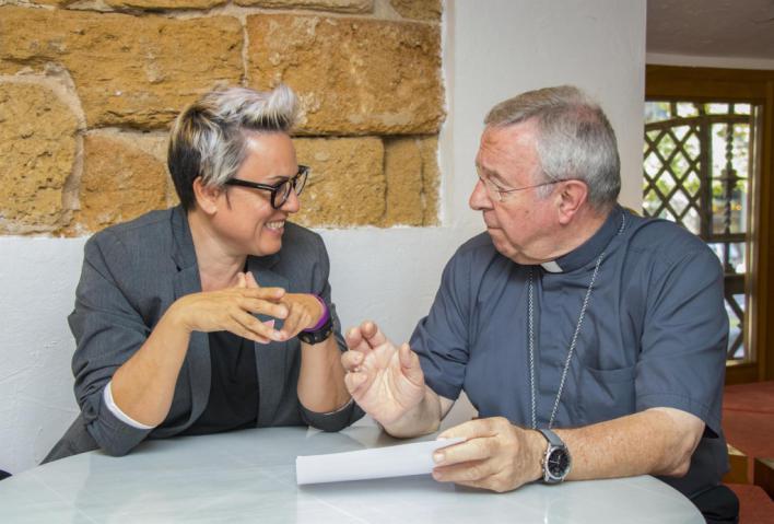 El Obispo y Sonia Vivas 'acercan posturas'