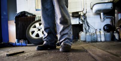 La actividad en talleres de coches ha caído un 50 por ciento en tres años