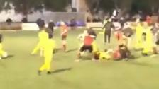 Batalla campal entre jugadores de fútbol del Campos y Penya Arrabal