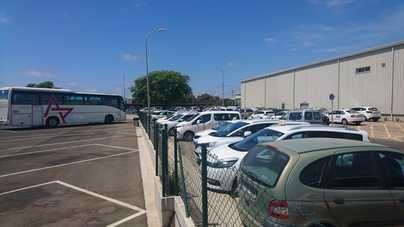 Los taxistas de Mallorca se concentran en Palma para apoyar las protestas de Barcelona y Madrid