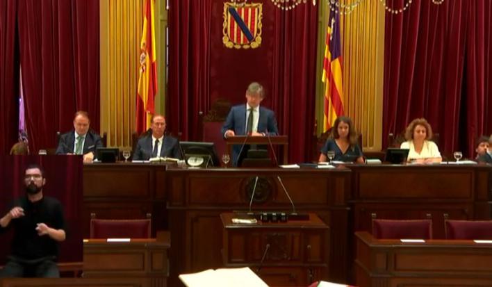 Thomàs defiende que ésta debe ser la legislatura 'de las soluciones, el diálogo y los acuerdos'