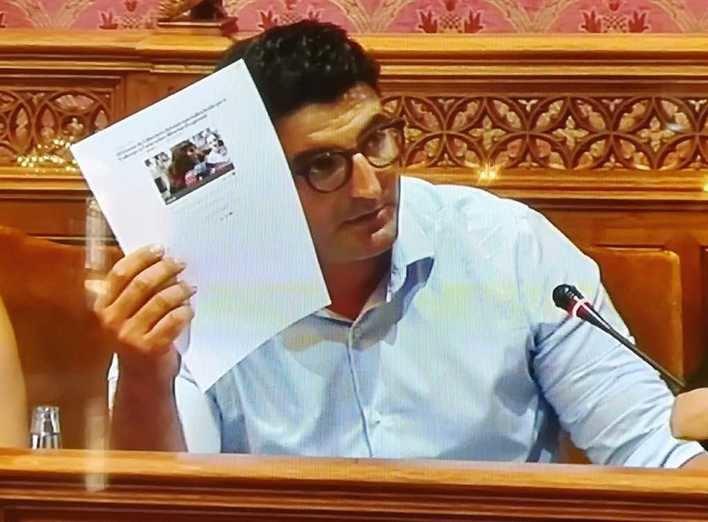 Vox se opone a las subvenciones del Consell a la OCB y al Gremi de Llibreters que suman 90.000 euros
