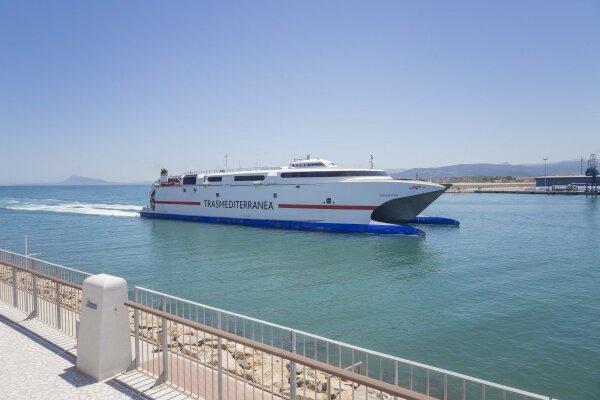 Bus gratuito entre Valencia y el Puerto de Gandia para los pasajeros de Trasmediterránea