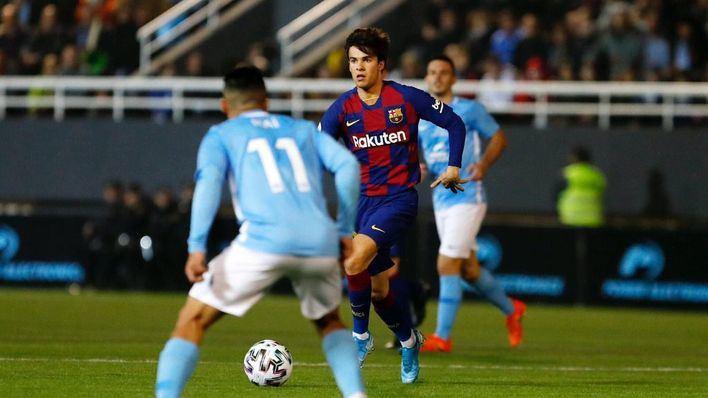 Molina supervisó el alumbrado supletorio del campo municipal en el partido entre el Barça y el Ibiza