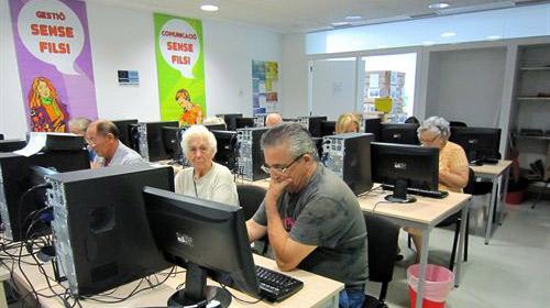 Cuando la edad no es barrera para aprender informática