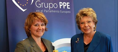 La vicepresidenta de la Comisión Europea promlas propuestas del PP sobre discapacidad