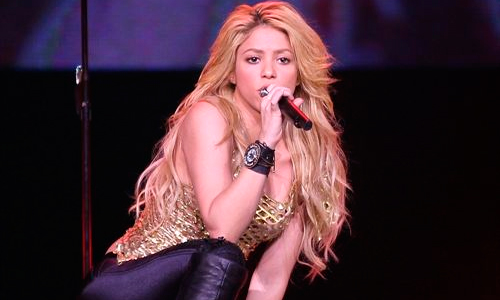 Abuchean a Shakira en Suiza por impuntual