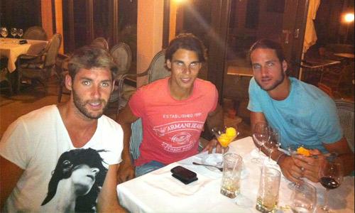 Rafa se va de cena con Rudy y 'Feli'
