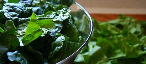 La OCU recomienda reducir el consumo de acelgas y espinacas