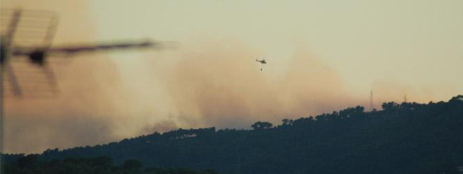 Se complica el incendio forestal de la Costa d'en Blanes