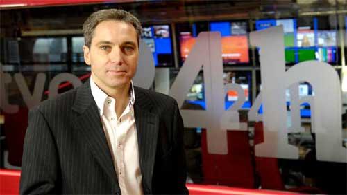 Antena 3 ficha a Vicente Vallés
