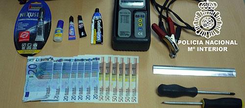 Detenidos dos rumanos por manipular cajeros automáticos en Palma