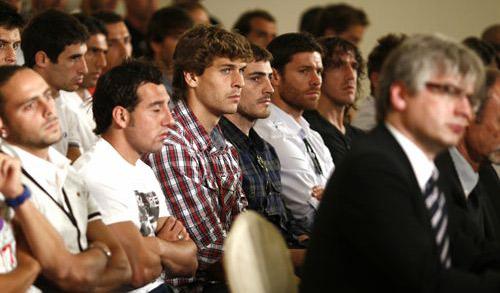 Los futbolistas convocan huelga para las dos primeras jornadas de Liga