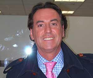 Losantos ficha a Pipi Estrada