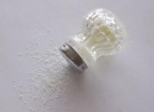 Menos sal en la comida salvaría millones de vidas cada año