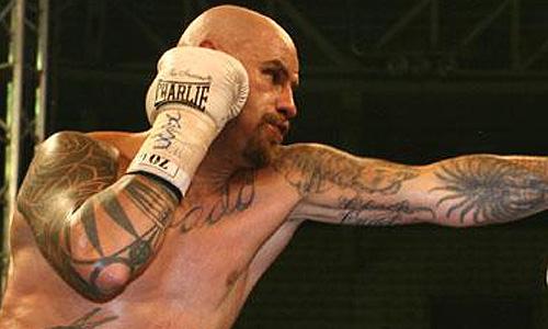 Quiñonero revalida el título de Campeón Plata del Consejo Mundial de Boxeo