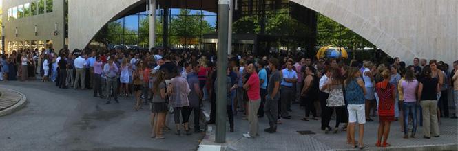 Trabajadores de Globalia se concentran en contra de la huelga
