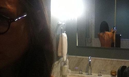 Demi Moore vuelve a mostrarse en Twitter