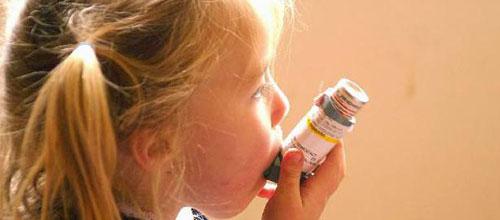 Ambientes cerrados y fríos aumentan las crisis de asma