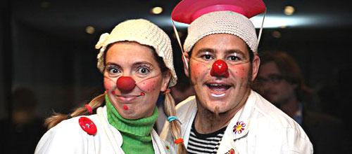 La Sonrisa Médica subastará una raqueta firmada de Rafa Nadal