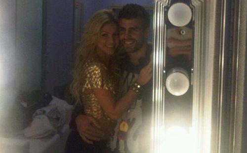 Shakira y Piqué demuestran su amor, ¿a golpe de talonario?