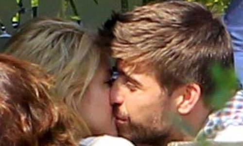 Shakira y Piqué más twitter-enamorados que nunca