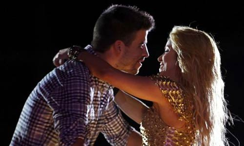 Shakira deja claro que sigue con Piqué