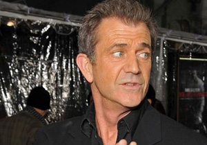 Pillan a Mel Gibson con varias mujeres en una sola semana