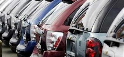 Los precios de los coches bajan en octubre para dinamizar el mercado