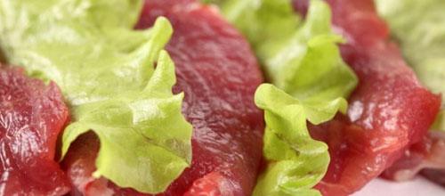 La carne cocinada aporta más energía que la cruda