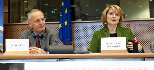 Apuestan por aumentar las subvenciones a la cooperación y simplificar la burocracia
