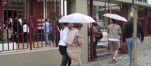 Domingo de lluvia para los votantes