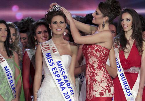 La barcelonesa Andrea Huisgen coronada Miss España 2011