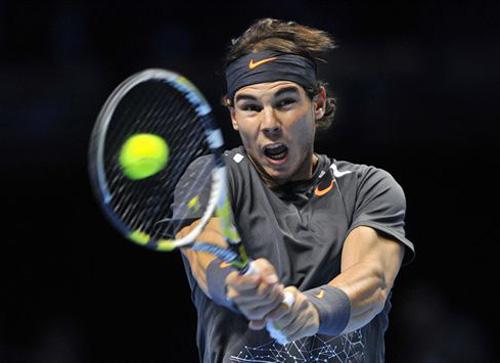 Nadal sufre una derrota histórica ante Federer