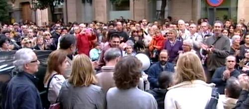 200 personas piden al Govern que pague a las entidades sociales