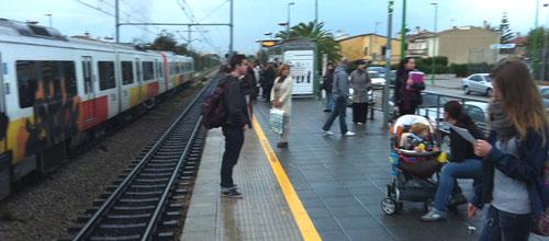 El tren de Inca vuelve a registrar retrasos y aglomeraciones de viajeros