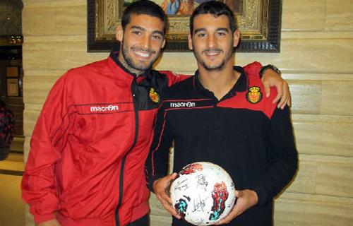 El Mallorca, con el hijo de Martins