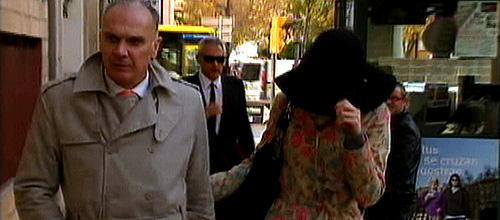 Declara ante el juez la modelo que acusa de violación a un príncipe saudí