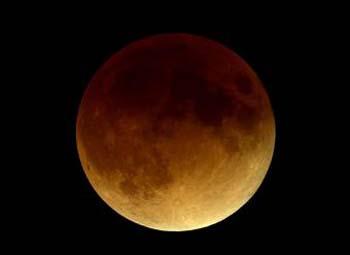 España se perderá el eclipse total de Luna de este sábado
